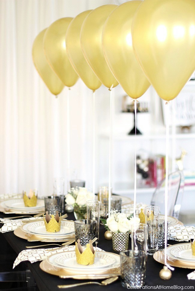 Favorite NYE Tablescapes | The Everyday Hostess